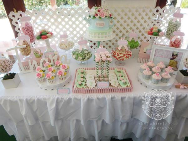 Cupcakes for a garden theme first birthday party