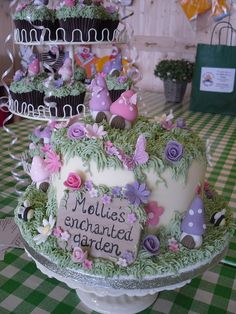10 GardenThemed First Birthday Party Cake Ideas