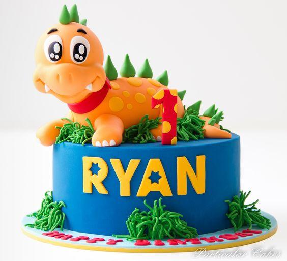 Dinosaur Theme First Birthday Cake Ideas 2