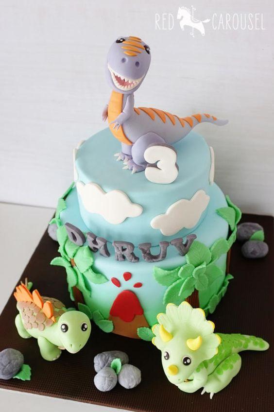 7 Dinosaur Themed First Birthday Cake Ideas