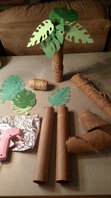 Dinosaur Theme First Birthday Decor Ideas-2