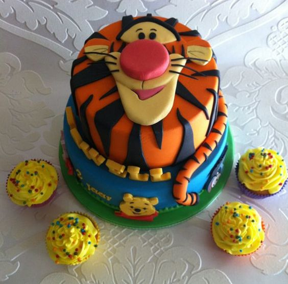 Winnie the Pooh Cakes First Birthday