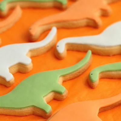 first-birthday-party-dinosaur-theme