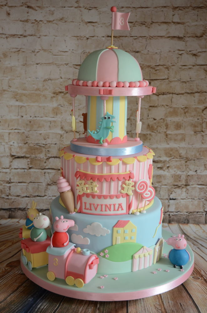 Peppa Pig First Birthday Party Cakes 3