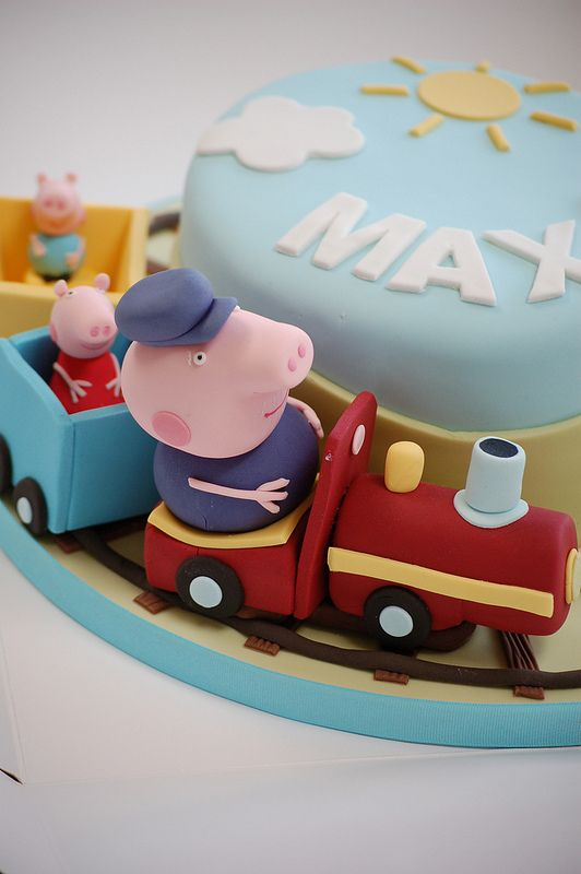Peppa Pig First Birthday Party Cakes