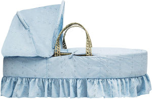 kinder valley broderie anglaise moses basket blue side