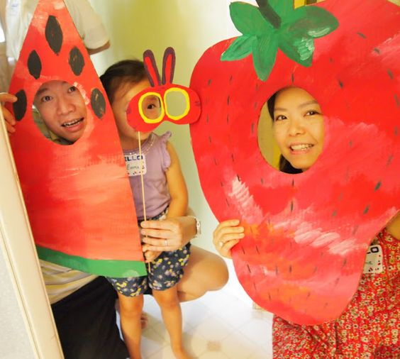 Very Hungry Caterpillar first birthday photobooth decor