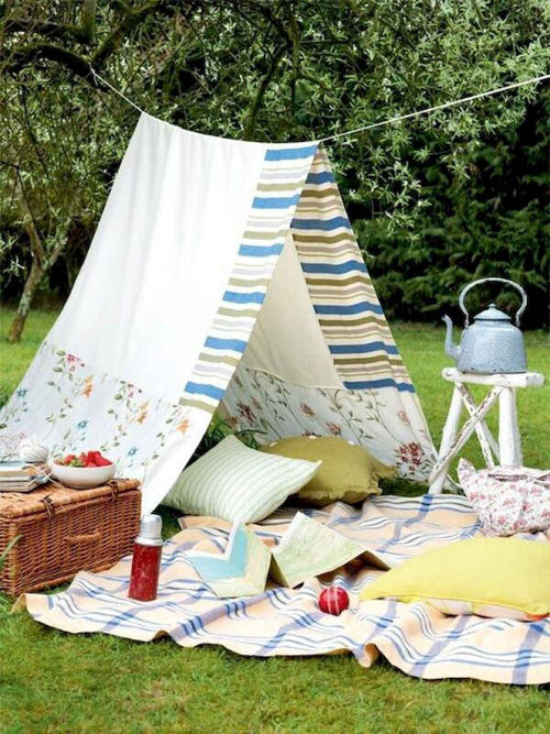 Summer party ideas teepee tent picnic blanket and hamper