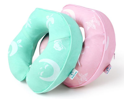 Kids travel neck pillow by Restcloud